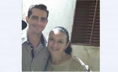 Lúcio, policial militar, ao lado da esposa, Regianni