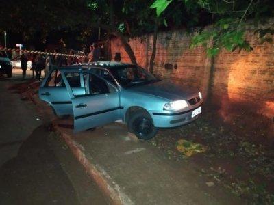 Três dos quatro ocupantes do Gol morreram durante ataque de pistoleiros (Foto: Jornal da Nova)